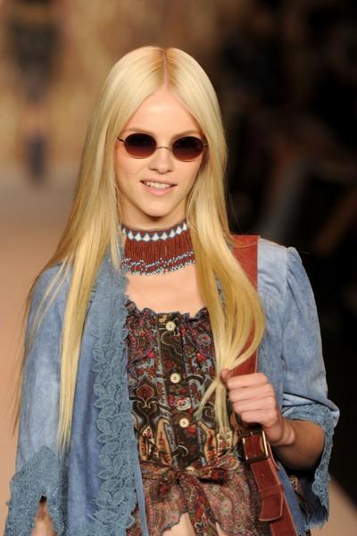 Коллекция ANNA SUI Весна-2011 на Неделе моды Mercedes-Benz в Нью-Йорке. Фото:Getty Images