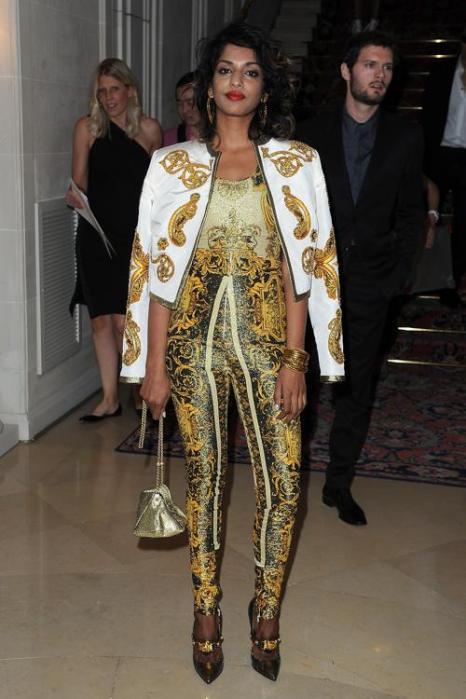 Знаменитости на показе моды Versace Haute Couture  в Париже.  M.I.A.. Фоторепортаж.  Фото:  Pascal Le Segretain/Getty Images