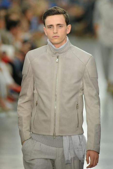 Коллекция мужской одежды Corneliani весна/лето 2013 на Milan Fashion Week. Фото: Getty Images