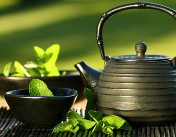 Употребление зеленого чая защищает  от слабоумия и рака.  Фото с сайта allday.ru