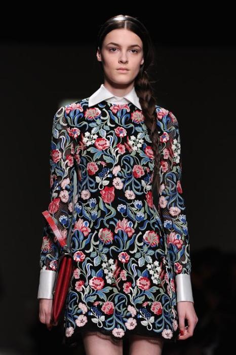 Дом моды Valentino представил новую коллекцию в Париже. Фото:  Pascal Le Segretain/Getty Images