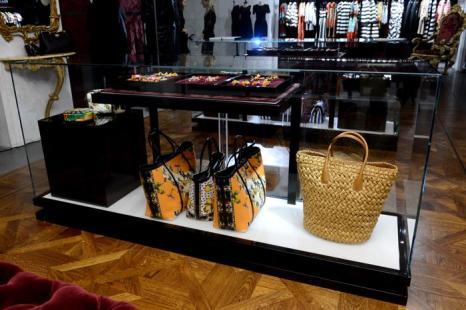Общая атмосфера на открытии флагманского бутика Dolce & Gabbana на Пятой Авеню в Нью-Йорке. Фото:  Larry Busacca/Getty Images for Dolce&Gabbana