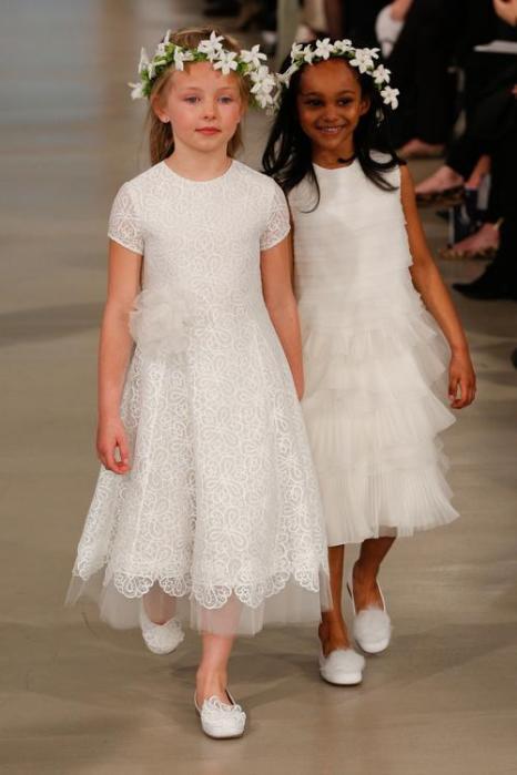Свадебные платья Оскара де ла Рента представили в Нью-Йорке. Фото: JP Yim / Getty Images