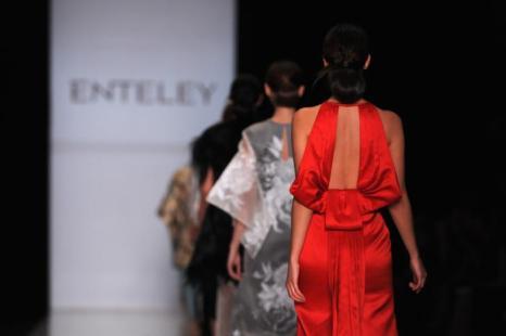 Коллекцию Enteley представили на Неделе моды в Москве. Фото: Pascal Le Segretain/Getty Images for MBFW Russia