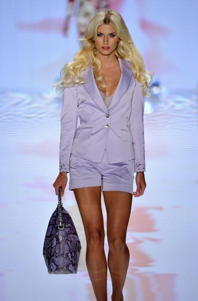 Фоторепортаж. Неделя моды моды Mercedes-Benz: коллекция Basler сезона весна / лето 2012. Фото: Gareth Cattermole/Getty Images Entertainment