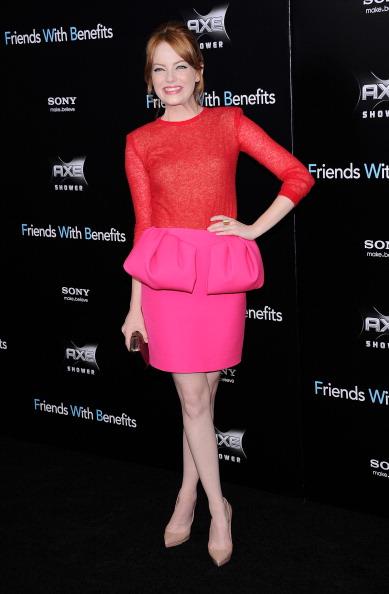 Модная тенденция цветовых блоков от Эммы Стоун. Фото: Stephen Lovekin/Getty Images Entertainment