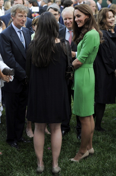 Кейт Миддлтон в изумрудном платье Diane von Furstenberg. Фото: Frazer Harrison /Getty Images