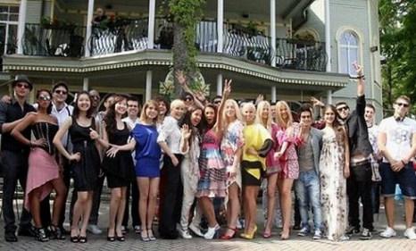 Участники конкурса молодых исполнителей «Новая волна-2011». Фото с сайта spice.ucoz.lv