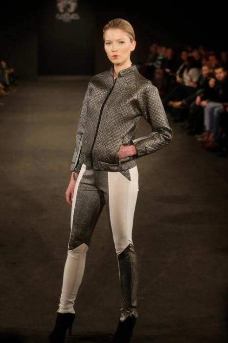 Модный французский бренд Maison Anoufa провёл показ коллекции 2014 на Неделе моды в немецком городе Дюссельдорф 2 февраля 2014 года. Фото: Mathis Wienand/Getty Images