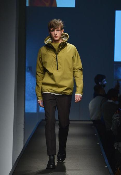 Модный американский бренд мужской одежды Rag&Bone представил коллекцию весна-лето 2014 в Нью-Йорке.  Фото: Slaven Vlasic/Getty Images