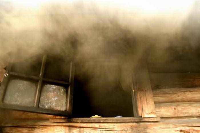 Русская баня по-чёрному. Фото с сайта www.spa.octarin.ru