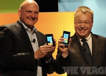 Стив+Стив (+Windows Phone) = дружба навек. Фото: theverge.com