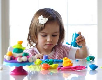 Когда дети играют, они творчески развиваются. Фото с сайта ollforkids.ru