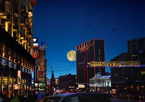 Вечерняя Москва. Фото:  Sergey Tchernyakov/wikimedia.org