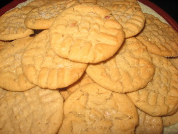 Домашнее арахисовое печенье за двадцать минут. Фото с сайта ba-bamail