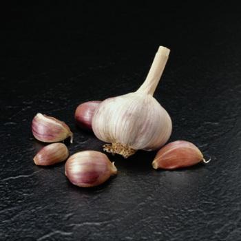 Чеснок повышает аппетит и стимулирует работу всего желудочно-кишечного тракта. Фото: John A. Rizzo/Getty Images