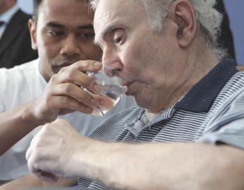 Простой тест поможет предсказать уровень риска инсульта. Фото: OLIVIER LABAN-MATTEI/ AFP/Getty Images