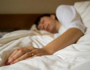 Распланируйте время для сна и бодрствования. Установка четкого графика поможет улучшить ночной сон, потому что организм привыкает к режиму. Фото: The Epoch Times