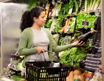 Является ли сельскохозяйственная продукция и приготовленные из неё продукты  токсичными? Фото: Ariel Skelley/Getty Images.