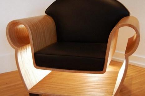Пример 3D печатного деревянного стула, произведённого фирмой 4 AXYZ. Сложные проекты относительно легче воспроизвести 3D печатью, делая доступной интересную мебель. Фото: 4axyz.com
