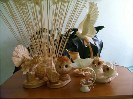 Сувениры из древесной стружки. Фото с сайта Kozhany1.narod.ru.