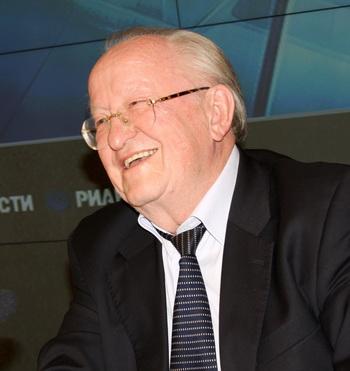 Виктор Геращенко, экономист, бывший глава Центробанка РФ, глава Совета директоров ЮКОСА. Фото: Ульяна Ким/Великая Эпоха (The Epoch Times)