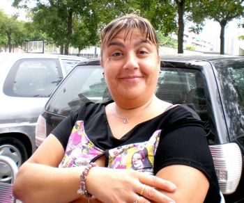Элиса Куенка Фернандез, 38 лет, менеджер по снабжению сети общественного питания. Барселона, Испания. Фото с сайта: theepochtimes.com