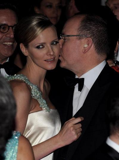 Князь  Монако Альберт II объявил о своей помолвке с  Шарлин Уиттсток. Фоторепортаж.   Фото: Francois Durand/Getty Images
