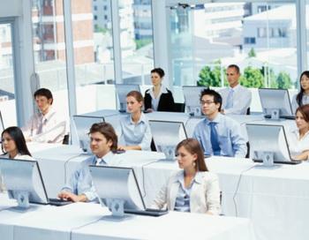 Бизнес-образование в сфере информационных технологий.  Фото: iclass.ru