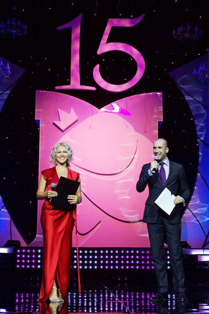 Ведущие  конкурса «мисс Москва-2010» Екатерина Одинцова и Евгений Папунаишвили. Фото с сайта lenta.ru