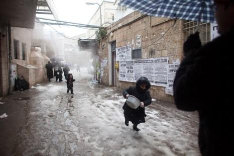 Снег засыпал Иерусалим. Фоторепортаж. Фото: Uriel Sinai/Getty Images