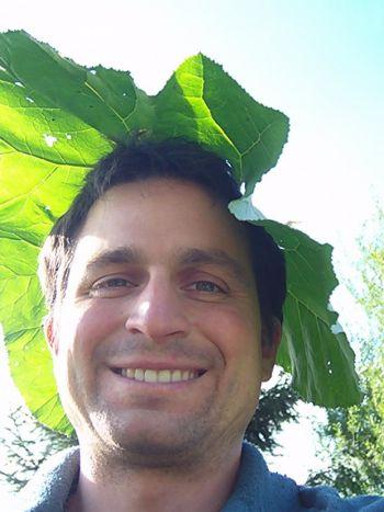 Ронни Мюллер, исследователь экопоселений. Фото с сайта theepochtimes.com