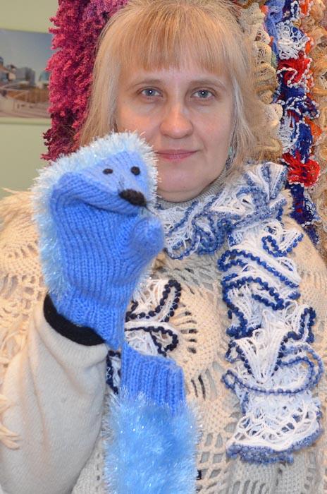 В таких рукавичках мороз не страшен. Фестиваль «Город творчества», Ярославль. Фото: Марина Рундина/Великая Эпоха (The Epoch Times)