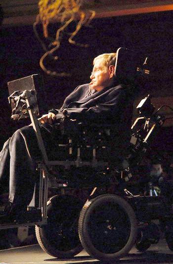 Стивен Уильям Хокинг – Я люблю этот мир. Фото: MIGUEL RIOPA/AFP/Getty Images