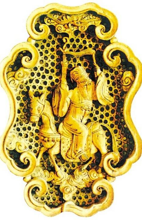Скульптура легендарного персонажа Чжан Голао. Фото: Secret China