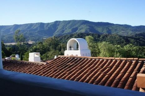 Горы «Топа Топа» обеспечивают живописный фон и средиземноморский климат в районе Ояи. Фото: Beverly Mann