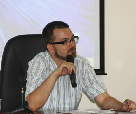Участник конференции МОПЧ. Фото: Ульяна Ким/Великая Эпоха (The Epoch Times)