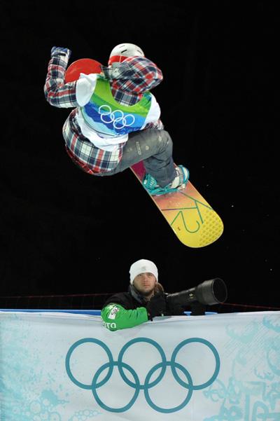 Олимпиада в Ванкувере. Сноубординг.Gretchen Bleiler, США. Фото:ADRIAN DENNIS/Getty Images Sport