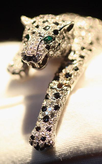 Фигурка пантеры из оникса и алмазов, созданная Картье в 1952 г. Фото: Dan Kitwood/Getty Images
