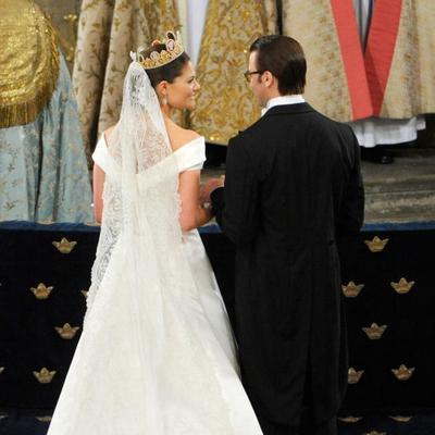 Свадьба принцессы Швеции – Виктории.  Церемония венчания проходила в Большой церкви (кафедральном соборе). Фото: Torsten Laursen/Getty Images