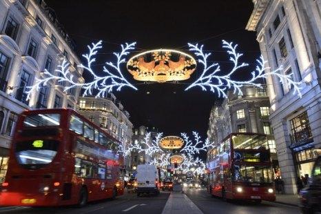 Рождественские огни в Лондоне зажгла Риджент-стрит. Фоторепортаж. Фото: Ben Pruchnie/Getty Images