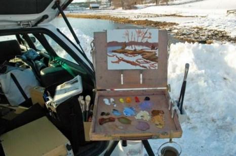 В основе я использовала краску Бернт Сьенна. Я встала позади моей машины, Фото: Мэри Байром спрятавшись от ветра, дующего с реки. Фото: Мэри Байром