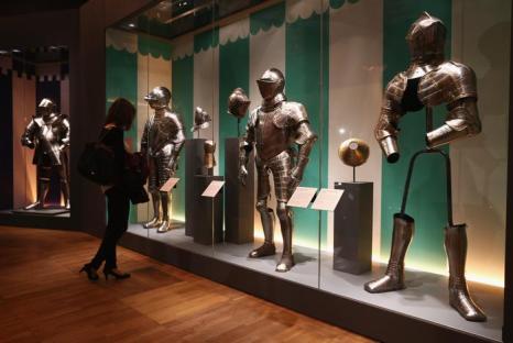 Сокровища британских королей и русских царей представили в Лондоне. Фото: Dan Kitwood/Getty Images