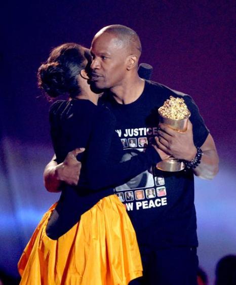 Церемония вручения кинопремии МTV прошла в Лос-Анджелесе. Фото: Kevork Djansezian/Getty Images