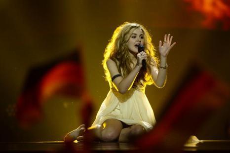 Эммили де Форест в финале Евровидения 2013. Фото: JOHN MACDOUGALL/AFP/Getty Images