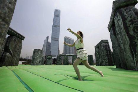 Выставка надувного искусства «Инфляция» открылась для публики 25 апреля в районе Западный Коулун в Гонконге. Фото: Jessica Hromas/Getty Images