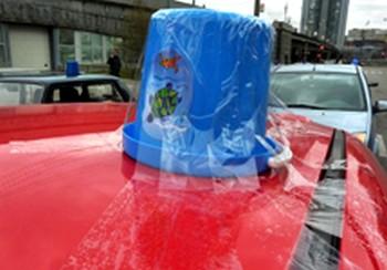 В Москве прошла акция автомобилистов, протестующих против использования спецсигналов чиновниками. Фото: grani.ru