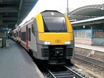 Поезд Siemens Desiro. Фото с railway-technology.com