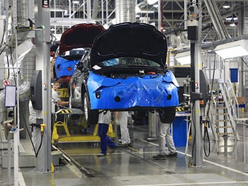Число собранных в России иномарок опередило объемы производства отечественных автомоделей. Фото Citroen