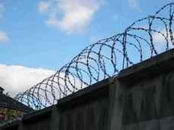 В ИК-62 в  Ивделе из-за беспорядков погиб заключённый. Фото с 66.ru